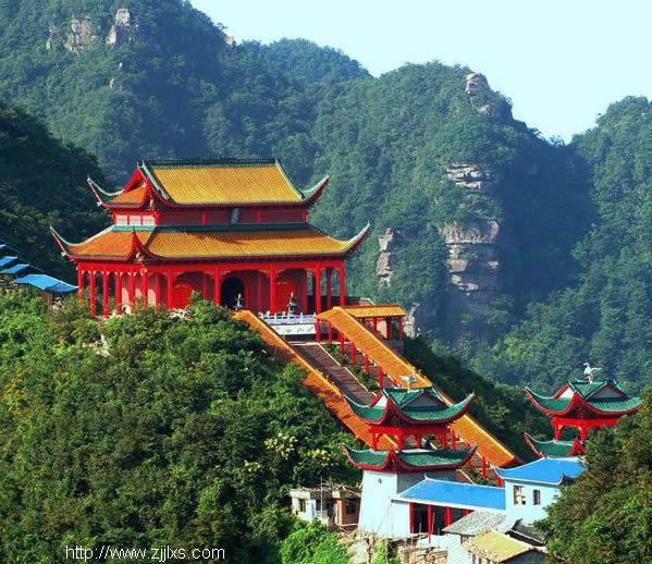 景区景点 张家界旅游景点 五雷山风景区    五雷山(五雷仙山)是湖南省